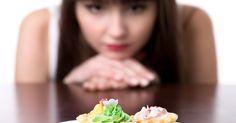 Heißhunger durchkreuzt immer wieder Ihre Abnehmpläne? Dann sollten Sie diese sechs Tipps befolgen und so Heißhunger vermeiden.