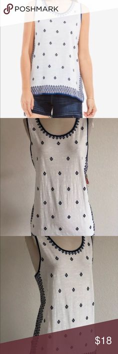 New VINCE CAMUTO Blue White Panel Boho Tank XL New with tags  Vince Camuto   Double sided tank  XL  Length: 27 inches   Armpit to armpit: 22 inches   In great condition   Please message me with any questions Vince Camuto Tops Tank Tops