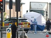 British Soldier HACKED to DEATH in Street in London TERRORIST ATTACK with MACHETTE!!!   Machettes WERE USED during RWANDA GENOCIDE