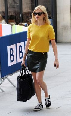 Dressed-down leather skirt: with a t-shirt/light knit + New Balance trainers