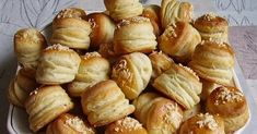 Pretzel Bites, Minion, Bread, Recipes, Food, Hungary, Eten, Minions, Recipies