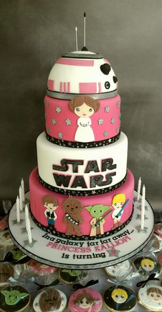 Princess Leia Star Wars cake and cookies.
