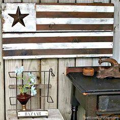 How To Make A Rustic Wood Flag Primitive Bedroom, Primitive Kitchen, Country Primitive, Rustic Farmhouse, Rustic Wood, Farmhouse Style, Wood Flag, Small Bathroom Storage, Wood Drawers