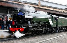 Flying Scotsman second fastest steam locomotive after Mallard. Still used occasionally. Now in York Museum Severn Valley, York Museum, Steam Art, Flying Scotsman, Steam Railway, Train Pictures, British Rail, Steam Engine, Steam Locomotive