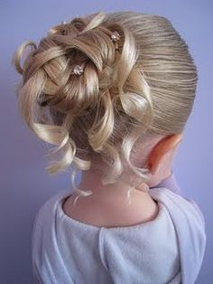 feather braid into bun with cascading curls...can kids have that nice hair...??WHAAAA