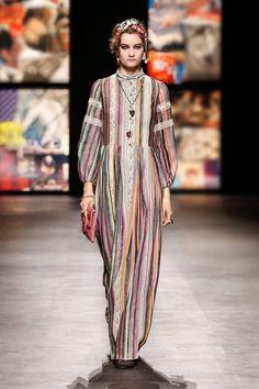Fashion 2020, Luxury Fashion, Fashion Show, Womens Fashion, Fashion Design, Christian Dior, Emilio Pucci, Kenzo, Autumn Fashion