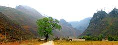Kết thúc một ngày nắng đẹp, chúng tôi trở lại Hà Giang, trên đường qua chốn này một luồng gió núi mát rượi lướt qua trước mặt, bỗng thấy như ở trong mơ, cảnh vật trước mắt đúng là lay động lòng người.