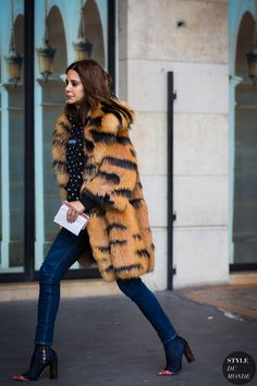 christine-centenera-by-styledumonde-street-style-fashion-photography Pinterest: KarinaCamerino