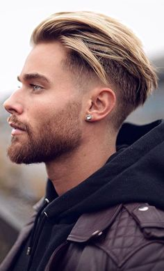 How do you find the right look? Face Shape Hairstyles Men, Top Hairstyles For Men, Undercut Hairstyles, Haircuts For Men, Hipster Hairstyles Men, Hairstyle Man, Prom Hairstyles, Braided Hairstyles, Men Blonde Highlights