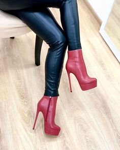 High Platform Shoes, Pantyhose Heels, Gorgeous Heels, Red Boots, Hot Heels, Ankle Booties, Heeled Boots, Latex, Booty