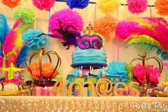 Festinha Temática: Em Fevereiro tem Carnaval ~ Mamãe Sortuda Disney Birthday, 9th Birthday, Happy Birthday, Birthday Cake, Mardi Gras Party, Masquerade Party, Sweet 15, Special Day, Decoration