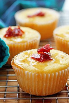 Comforting maple bacon corn muffins with a lovely moist texture, hints of pure maple syrup and bits of crisp bacon throughout! Muffin Recipes, Brunch Recipes, Breakfast Recipes, Breakfast Dishes, Dessert Recipes, Corn Muffins, Maple Bacon, Best Breakfast, Sweet Bread