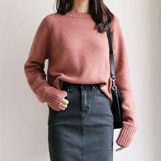 Round Neck Raglan Sleeve #dahong #koreanstyle #dailylook #ootd
