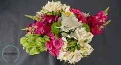 rosas, campana, miller, green tree, perritos, alstroemeria