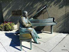 March 9, 2017: Statue of Oscar Peterson, Ottawa, Ontario