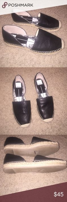 Dolce vita flats Gently worn. Black leather and tweed on bottom. Great condition. Size 7. But a 7 1/2 could also wear them. Dolce Vita Shoes Flats & Loafers