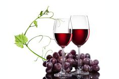 ¿Sabías que el consumo moderado de vino tinto aporta beneficios a los enfermos de fibromialgia? El consumo ligero de vino tinto, previa supervisión médica, aporta beneficios en enfermos de fibromialgia, según una tesis realizada por investigadores de...