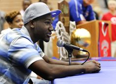 Photo Gallery: Dominique Hawkins commits to UK- love him love him love him.
