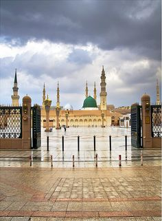 Masjid al Nabawi Masjid Haram, Al Masjid An Nabawi, Mecca Madinah, Mecca Masjid, Islamic Images, Islamic Pictures, Alhamdulillah, Hadith, Medina Mosque