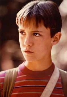 Wil Wheaton as Gordie Lachance in Stand By Me, 1986 Young Actors, Child Actors, Stand By Me Gordie, Gordie Lachance, Wil Wheaton, Young Cute Boys, Star Wars, Ideal Man, Bff Goals