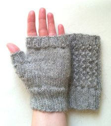ANDEAN WARM 100/% ALPACA WOOL WHITE COLOR HAND KNITTED GLOVES CARDED NEW