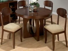 Expandable round dining table (10)