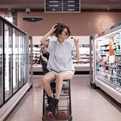Селена Гомес показала откровенное фото в супермаркете
