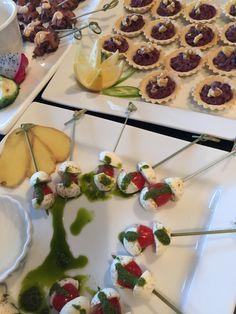 Salad Capri Catering, Cereal, Capri, Salad, Breakfast, Food, Breakfast Cafe, Essen, Yemek