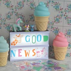 symboles ABC pastel Lightbox A little lovely company - deco-graphic.com