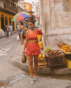 Always buying snacks lol. Probably tried every goodie in the streets, and I haven't gotten a stomach bug ☺️ Always buying snacks lol. Probably tried every goodie in the streets, and I haven't gotten a stomach bug ☺️ Cuba Outfit, Summer Vacation Outfits, Beach Outfits, Summer Outfit, Tropical Outfit, Outfits Mujer, Foto Casual, Lol, Summer Looks
