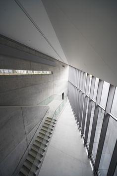 n-architektur: 21 21 Design Sight, Tokyo Tadao Ando Tokyo Architecture, Concrete Architecture, Contemporary Architecture, Interior Architecture, Theatre Architecture, Interior Design, Tadao Ando, Osaka, Tokyo Midtown