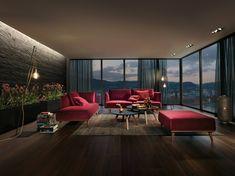 Auch in moderne Wohnzimmer passen Teppiche perfekt. Foto: JOKA Sofa Couch, Outdoor Furniture Sets, Outdoor Decor, Barcelona Chair, Lounge, Design, Home Decor, Living Room Modern, Modern Living Rooms