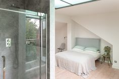 For Sale: Woodlands Avenue, London E11 | The Modern House