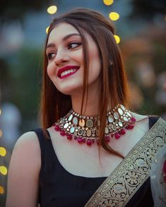 Make Your Look More Charming With These Bridal Hairstyles 2020 . Indian Bridal Fashion, Indian Fashion Dresses, Indian Wedding Outfits, Indian Designer Outfits, Bridal Outfits, Arab Fashion, Fashion Beauty, Wedding Dresses, Indian Jewellery Design