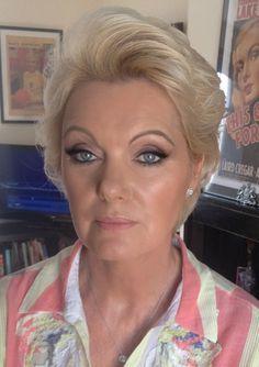 Glam mature makeup