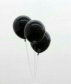 Black ☛noir ☛ negro ☛ nero ☛schwarz ☛ preto ☛ черный ☛ zwart ☛ שָׁחוֹר ☛ أسود ☛ μαύρος ☛ nigrum ☛ nigra ☛ ブラック☛ 黑 white▸ blanc▸ blanco▸bianco▸weiß▸branco▸أبيض▸לבן▸белый▸wit▸λευκό▸blanka▸alba ☛ 白 ☛ ホワイト Black And White Aesthetic, Black N White, Black Love, Black Is Beautiful, All Black, Pink White, Color Black, White Art, Black Balloons