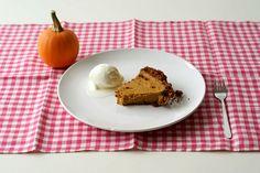 maple pumpkin pie with gingersnap crust