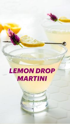 Easy Drink Recipes, Best Cocktail Recipes, Drinks Alcohol Recipes, Vodka Martini, Vodka Cocktails, Cocktail Drinks, Alcoholic Drinks To Make, Kid Drinks, Easy Mocktails