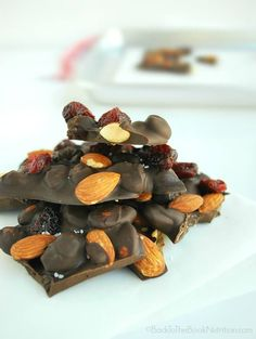 Easy cranberry almond chocolate bark - Only 10 minutes of hands on time and 20 minutes to set!   Back To The Book Nutrition
