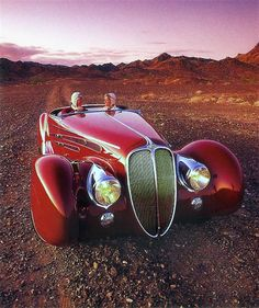 lifeissuchabeach:  Delehaye Type 165 Figoni & Falaschi V12 Cabriolet 1939. Delahaye automobile manufacturing company was started by Emile Delahaye in 1894, in Tours, France. Some of the great coachbuilders who provided bodies for Delahayes include Figoni et Falaschi, Chapro…