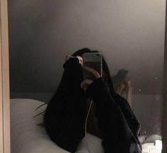 Mode Ulzzang, Ulzzang Korean Girl, Cute Korean Girl, Tumblr Photography, Girl Photography Poses, Korean Photo, Girls Mirror, Uzzlang Girl, Selfie Poses
