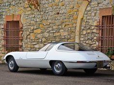 1963 Chevrolet Corvair Testudo concept car design by carrozzeria Bertone - rear view - sixties - Giugiaro Peugeot, Lamborghini, Ferrari, Chevy, Opel Gt, Volkswagen, Toyota, Porsche, Automobile