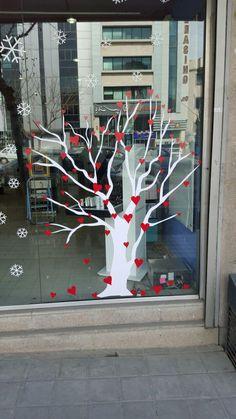 Saba Drugstore Left Valentine Window 2016