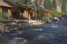 River Stone Resort and Bear Paw Suites: Can't wait to take my husband here in October