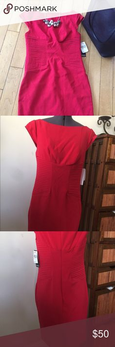 ✨Labor Day Sale!✨Red Adrianna Papell Sheath Dress New Adrianna Papell sheath dress with accents at the waist and sleeves. Perfect for work or dinner out! Adrianna Papell Dresses Midi