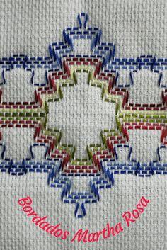 Hand Embroidery Design Patterns, Crochet Patterns, Broderie Bargello, Huck Towels, Swedish Weaving Patterns, Swedish Embroidery, Crochet Storage, Paper Piecing, Needlework