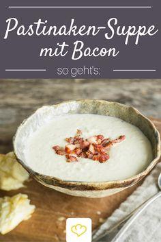 Perfekt für kalte Wintertage: cremige Pastinaken-Suppe mit knusprigem Speck on Top.
