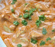 Sałatka z suszonymi pomidorami i serem feta -szybki przepis Quesadilla, Mozzarella, Thai Red Curry, Food Inspiration, Food And Drink, Tasty, Cooking, Health, Ethnic Recipes