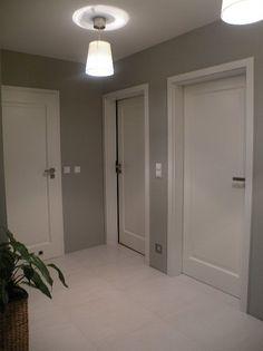 Znalezione obrazy dla zapytania białe drzwi wewnętrzne inspiracje Door Design, House Design, Interior Paint Colors For Living Room, White Doors, Room Doors, Internal Doors, Interior Decorating, Home Renovation, Google