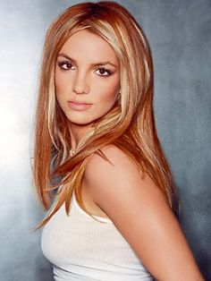 Britney Spears hair with highlights